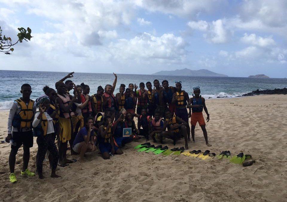 A Mayotte, parmi les actions : le suivi de 6 stations & un Discovery pour le Lycée du Nord.